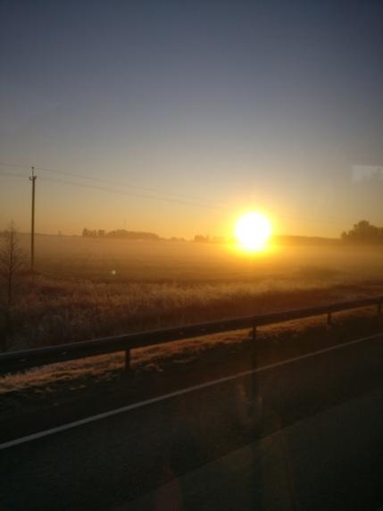 Imeilus hommik