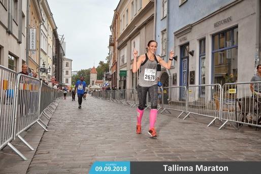 Tähistan oma 1.maratoni :)